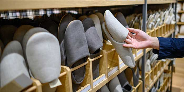 buy-slippers-for-house